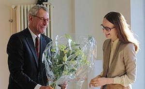 Frank Oberbrunner dankt Frau Gallus