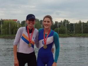 Lisa Merz (RG Wiesbaden Biebrich), Laura Böe (Ruderverein Kurhessen-Cassel)