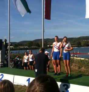 Friederike Reißig und Laura Böe (von links) 3. Platz