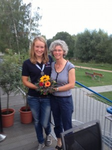 Friederike mit ihrer Protektorin Katja